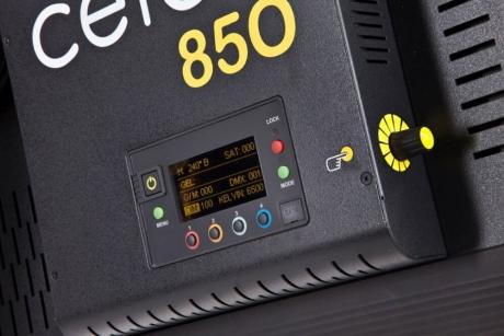 NEW Kino Flo Celeb 850 LED DMX Kit, Yoke Mount