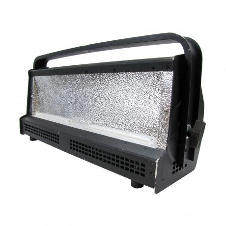Altman Spectra Cyc 200 Watt RGBA LED Cyclorama Wash