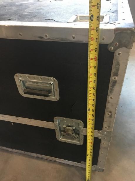 Barco SLM R12+ Performer Projector, 12,000 Lumens