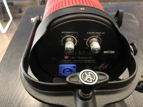 Mole-Richardson 200W Vari-Mole LED
